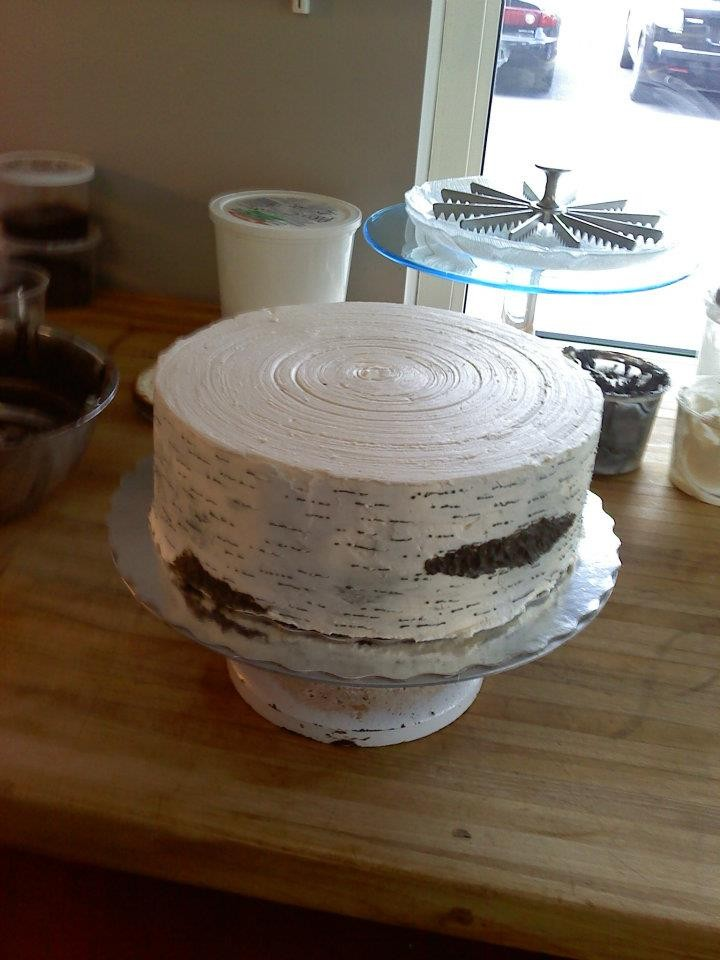 wedding cake that looks like tree bark birch tree bark wedding cake in buttercream cakecentral 26249