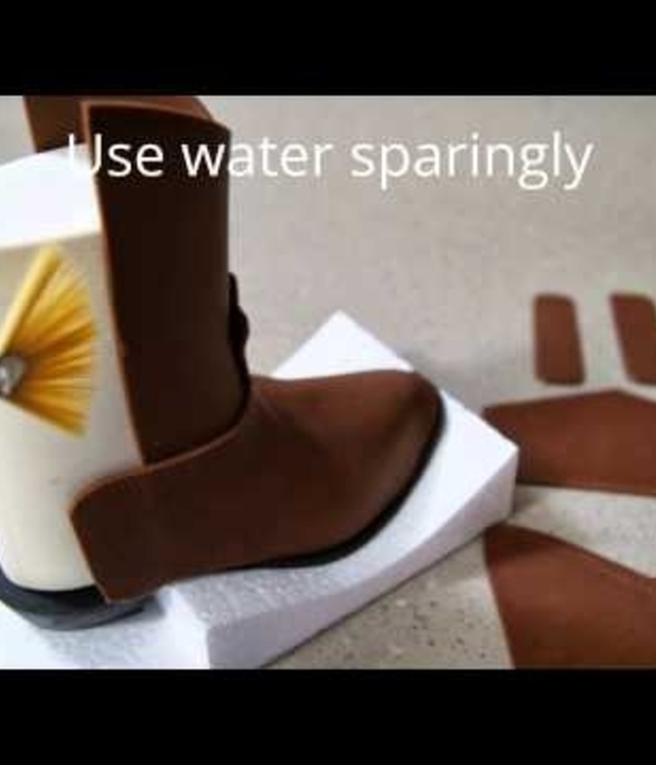 How to make a Fondant Cowboy Boot