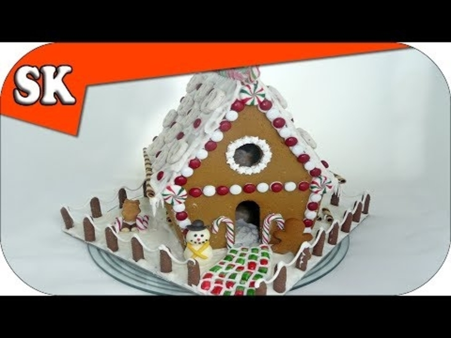 How To Assemble A Gingerbread House Cakecentral Com