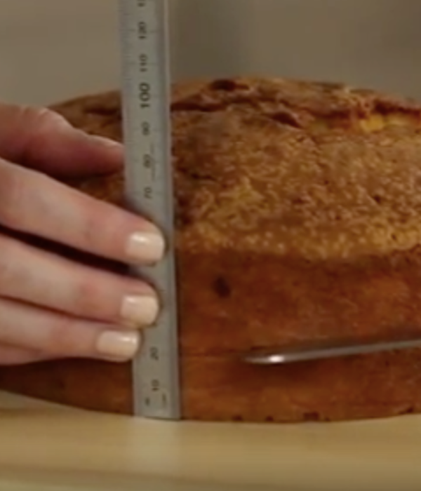 How to (Torte) Cut Layers in Cake