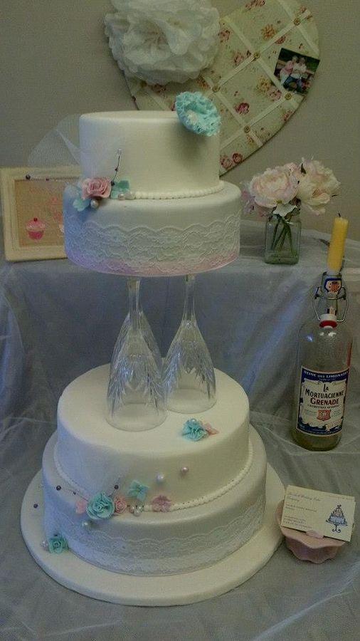 * modern vintage wedding cake