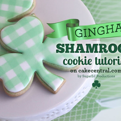 St. Patrick's Day Shamrock Cookie Tutorial - Gingham Style on Cake Central