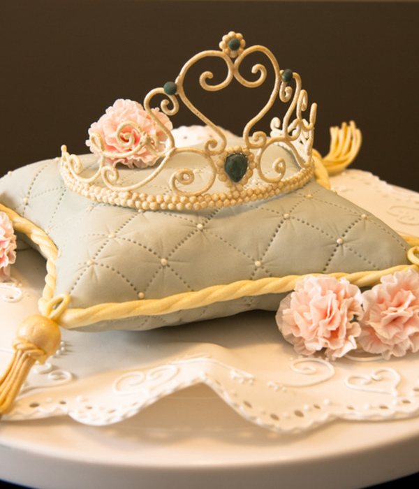 Top Pillow Cakes