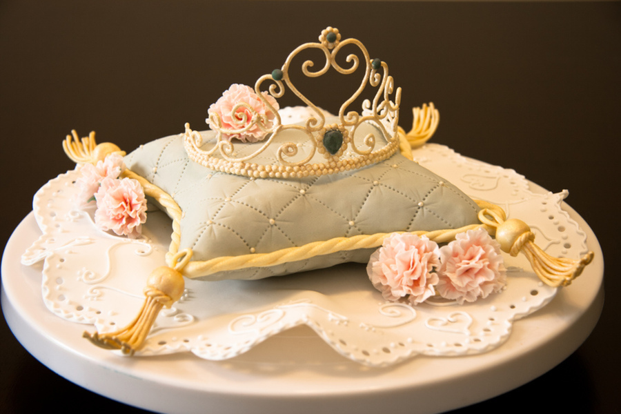 Princess Pillow Cake Images : Top Pillow Cakes - CakeCentral.com