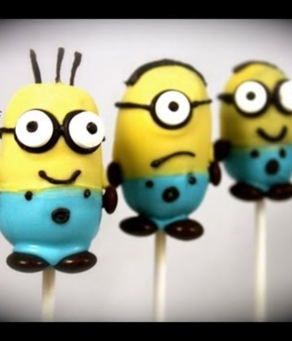 """Despicable Me 2"" Minion Cake Pops Tutorial"