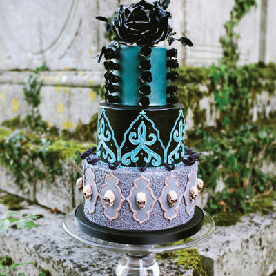 Editors' Picks: Gothic Wedding Issue Favorites on Cake Central