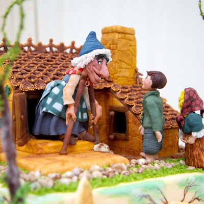 Sketch to Cake: Karolina Gergelova's 3-D Hansel and Gretel Cake on Cake Central