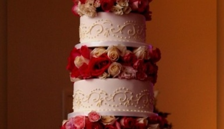 Top Scroll Wedding Cakes