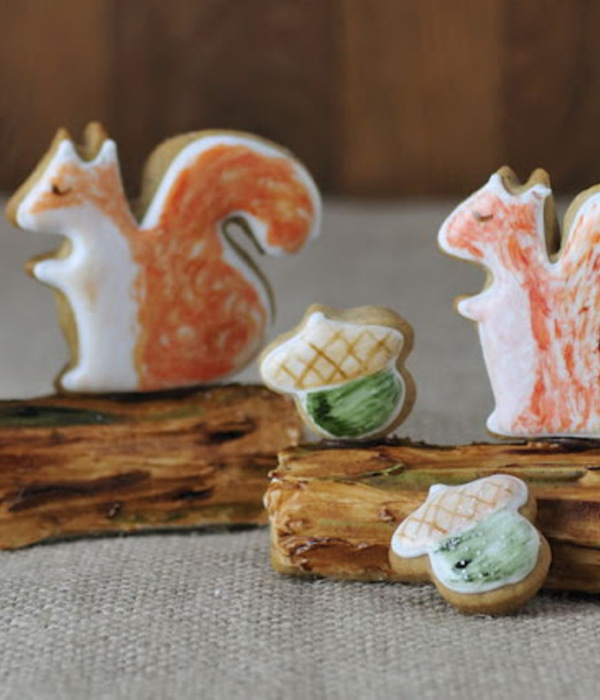 Squirrel Cookies & Painted Log Cookie Tutorial