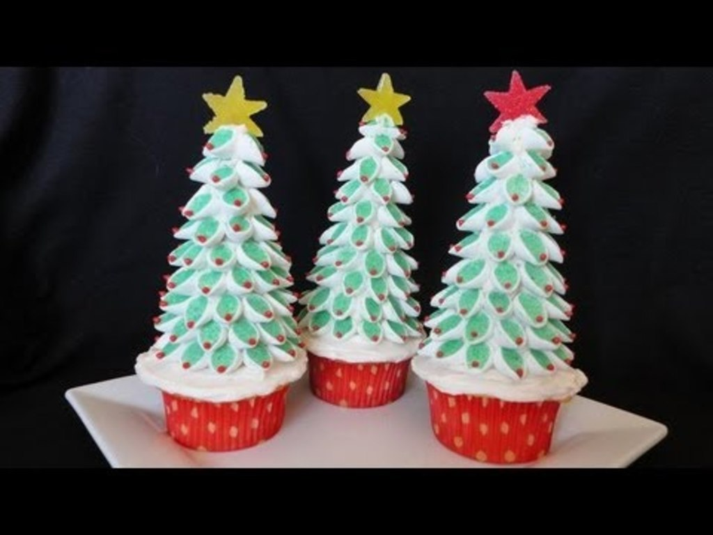 christmas tree marshmallow topper tutorial cakecentral com