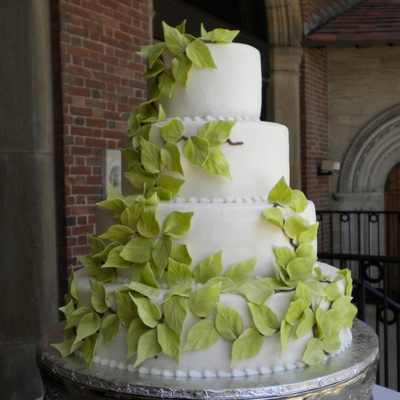 Top Vines & Leaves Cakes on Cake Central