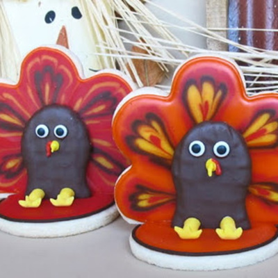 3-D Turkey Cookie Tutorial on Cake Central
