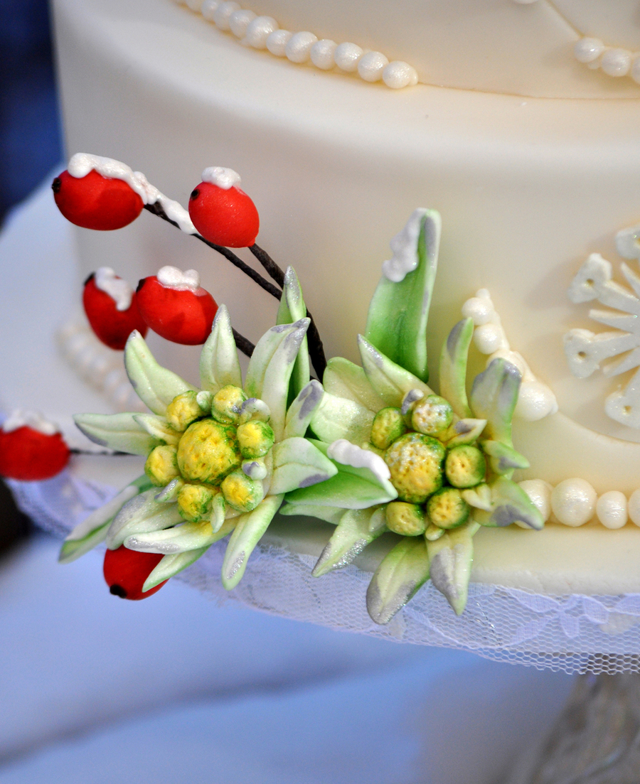 How to make a gumpaste edelweiss flower cakecentral izmirmasajfo