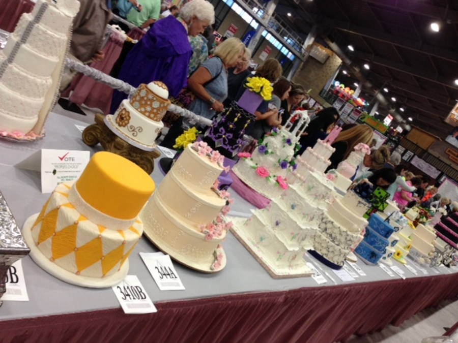 Cake Decorating Store Tulsa : Cake Central at the Oklahoma State Sugar Art Show ...