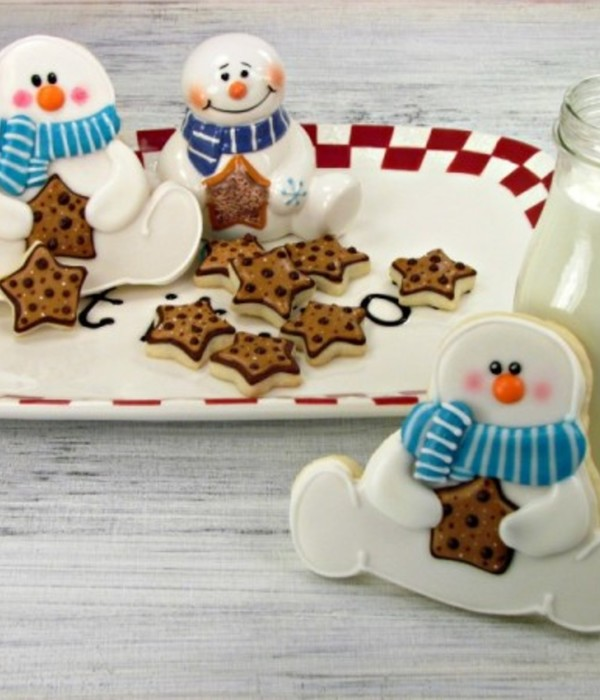 Rosy-Cheeked Snowman Cookie Tutorial