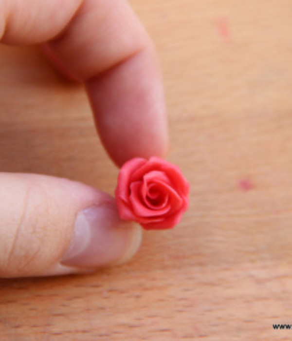 Miniature Modeling Chocolate Roses