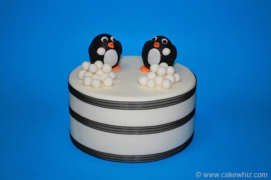 Fondant Penguin Tutorial - CakeCentral.com