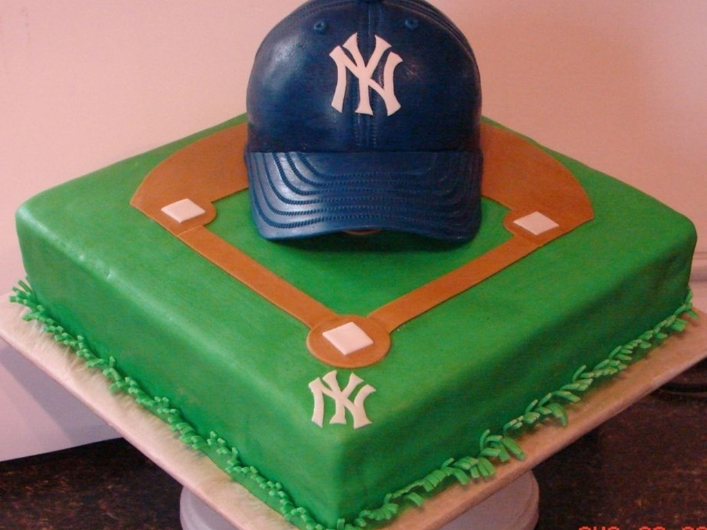 Cool Top Baseball Cakes Cakecentral Com Personalised Birthday Cards Paralily Jamesorg