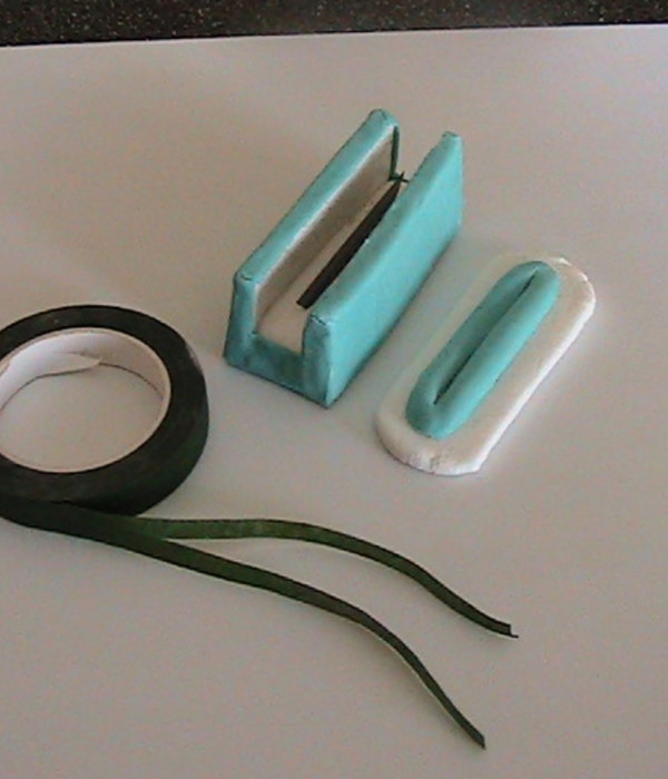 DIY Florist Tape Splitter