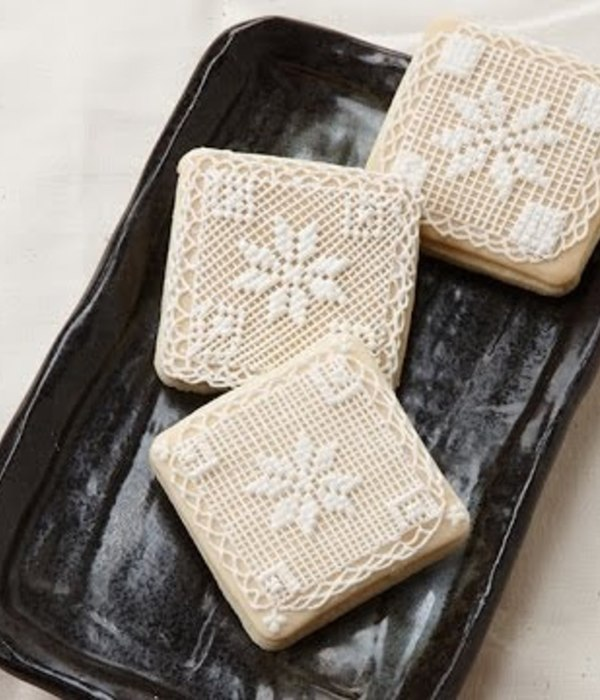 Cross Stitch Royal Icing Cookie