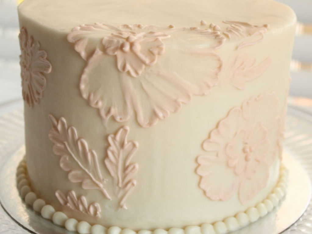 Beautiful Brush Embroidery Cakes