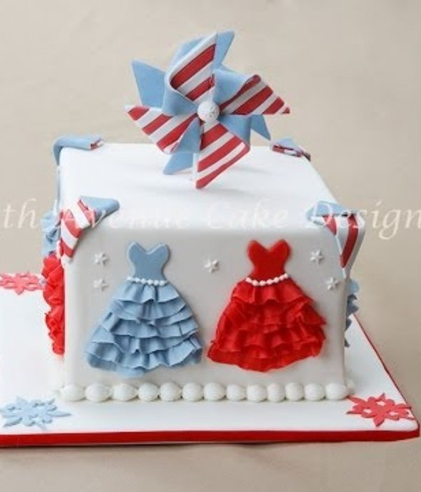 July 4th Pinwheel Cake