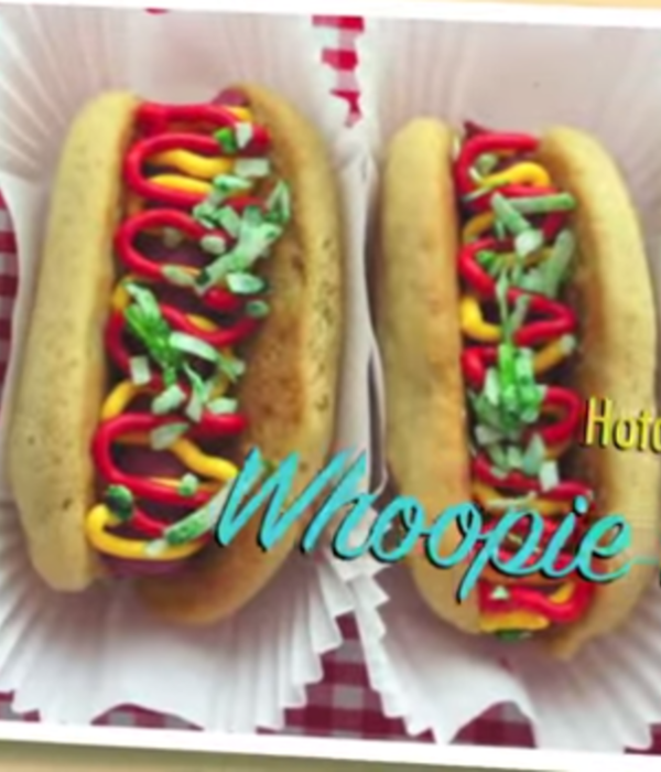 Hot Dog Whoopie Pies