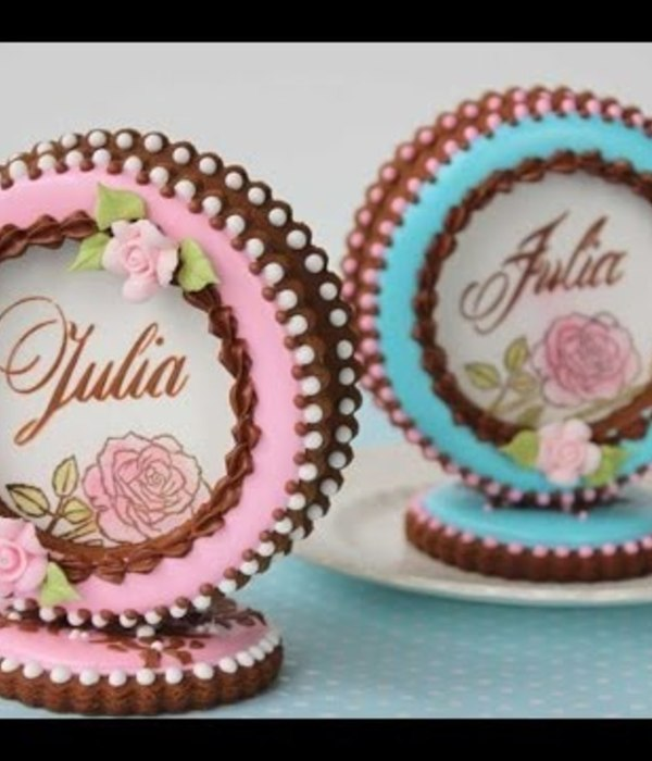 How to Make 3-D Cookie Place Cards
