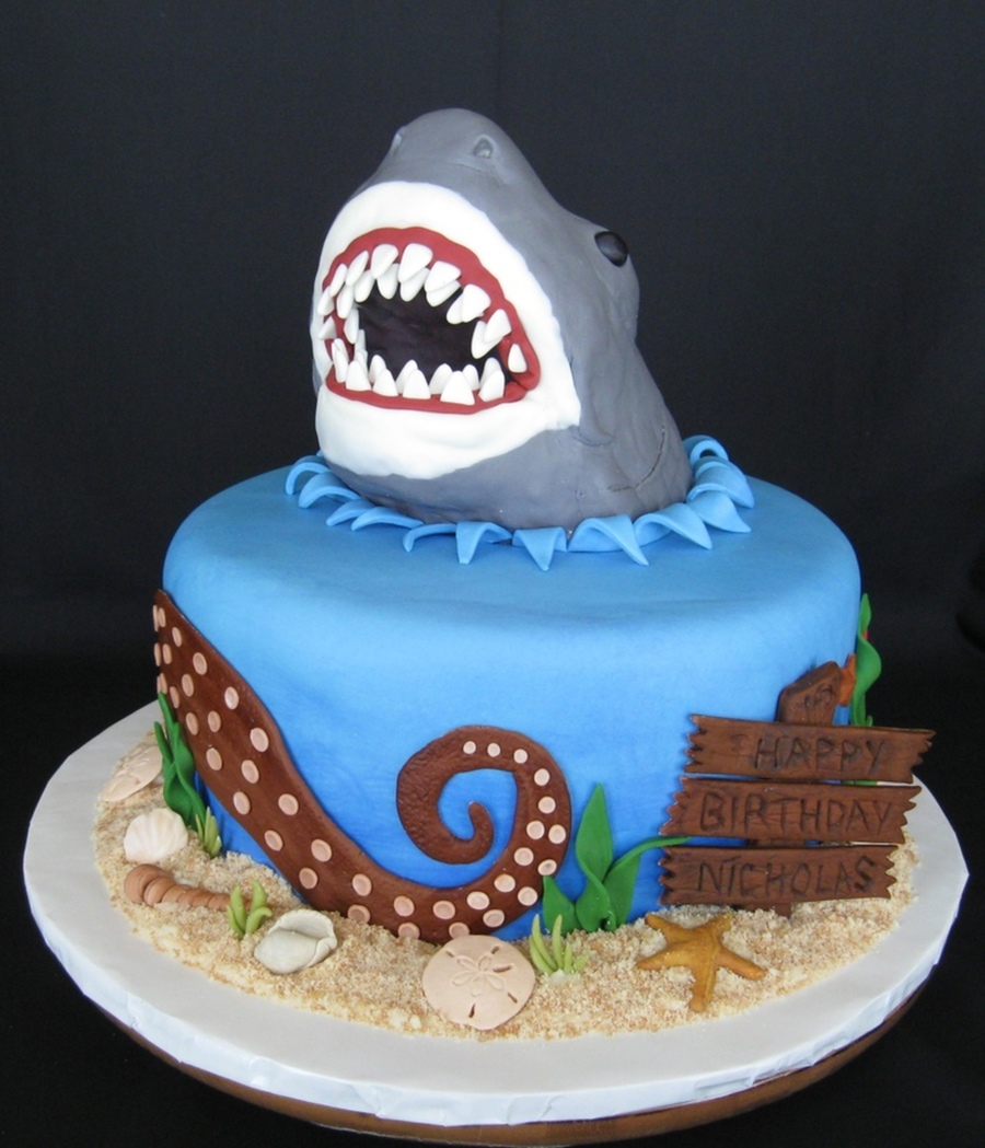 Magnificent Top Shark Cakes Cakecentral Com Funny Birthday Cards Online Fluifree Goldxyz
