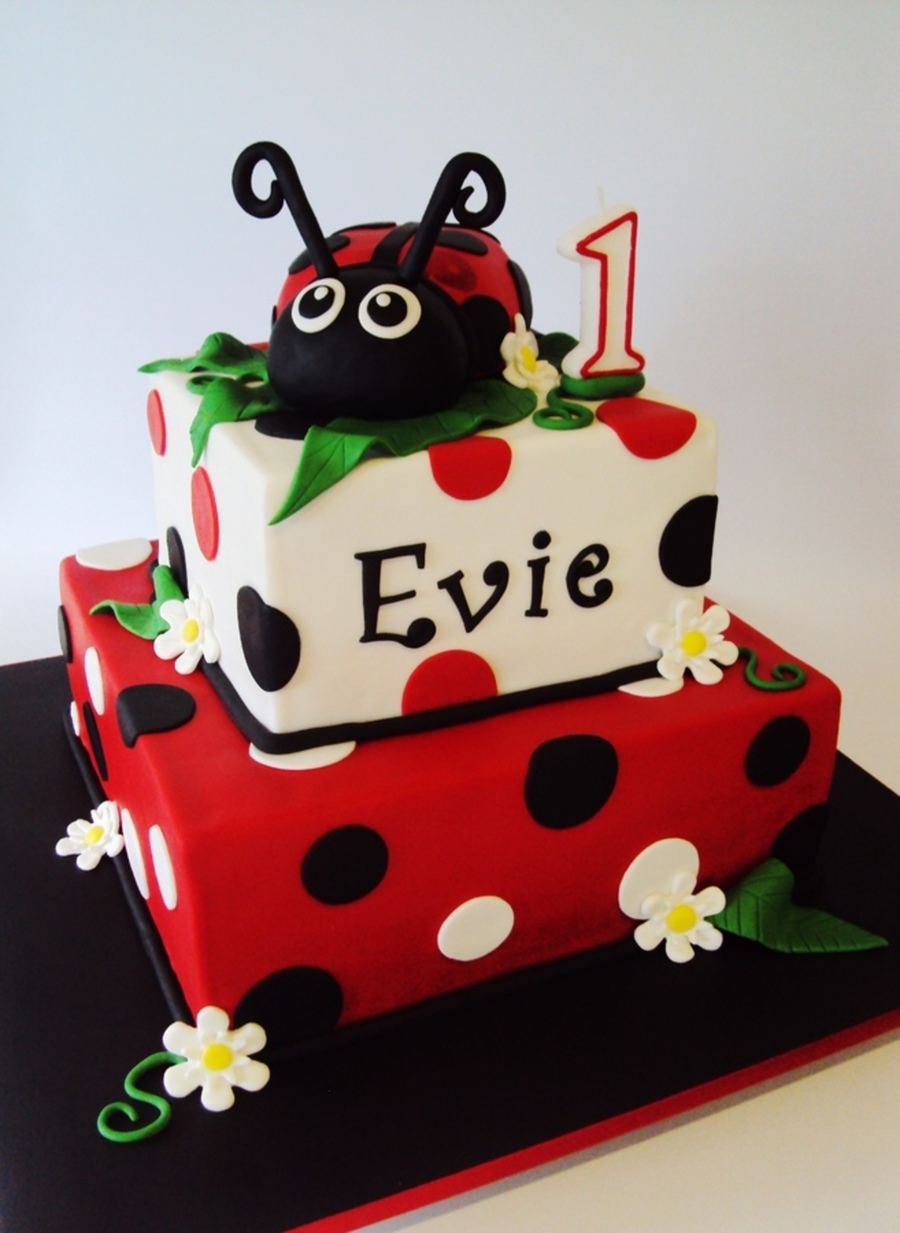 Ladybug Baby Shower Cakes Pictures