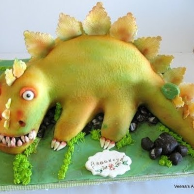 Sculpted Dinosaur Cake on Cake Central