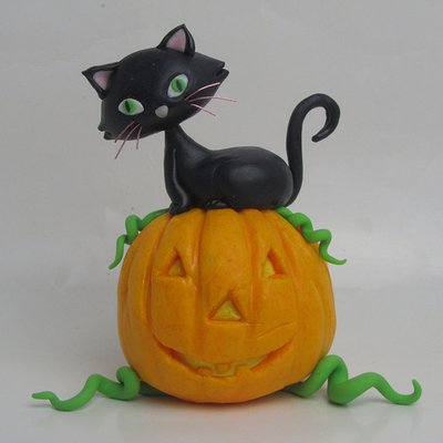 Halloween Cat Figure on Cake Central