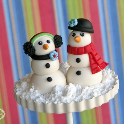 Do You Want to Build a (Fondant) Snowman? on Cake Central