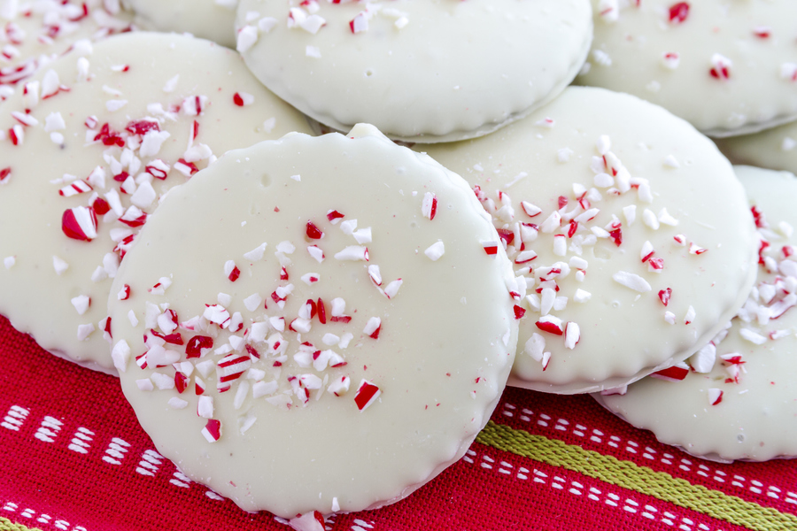 White Chocolate Peppermint Glazed Shortbread Cookies ...