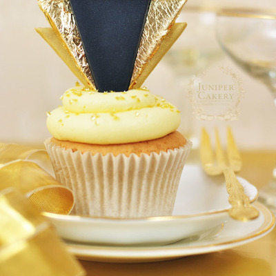 Celebrate in Style: How to Make Gold Art Deco Cupcake Toppers on Cake Central