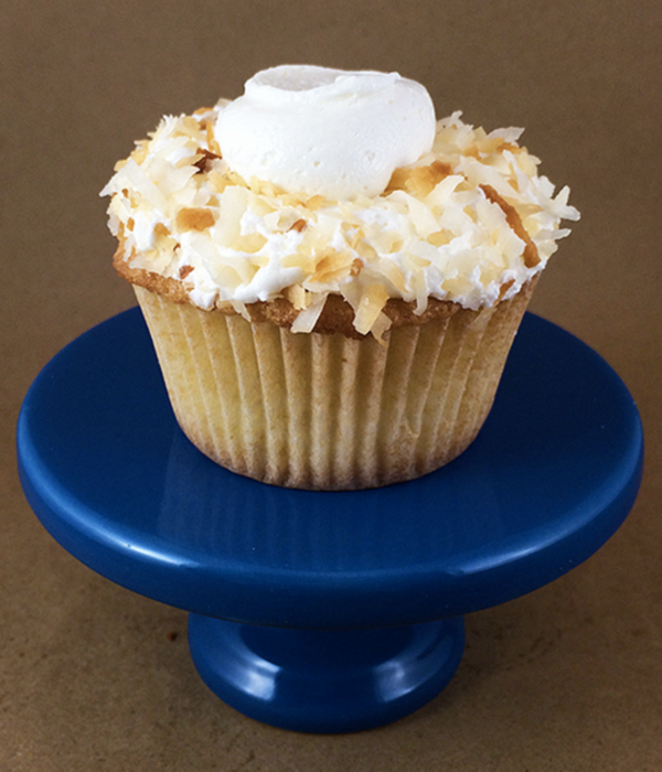 Trip to Paradise: Toasted Coconut Cupcakes With Vanilla...