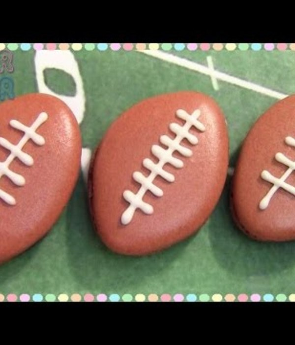 Football Macarons Tutorial