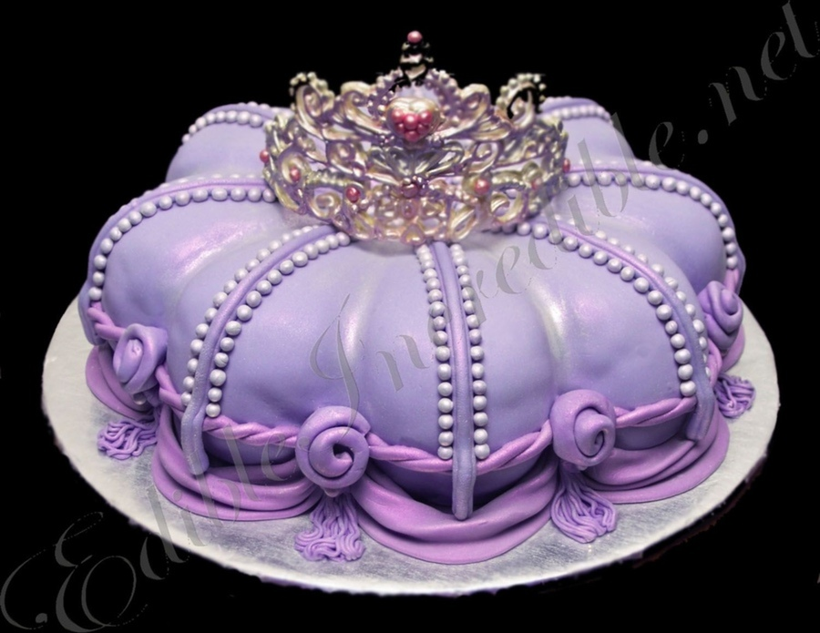 Top Cakes With Tiaras Cakecentral Com