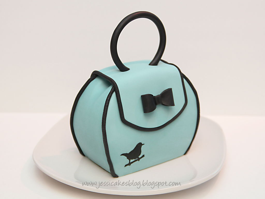 How to Make a Little Purse Cake   CakeCentral.com
