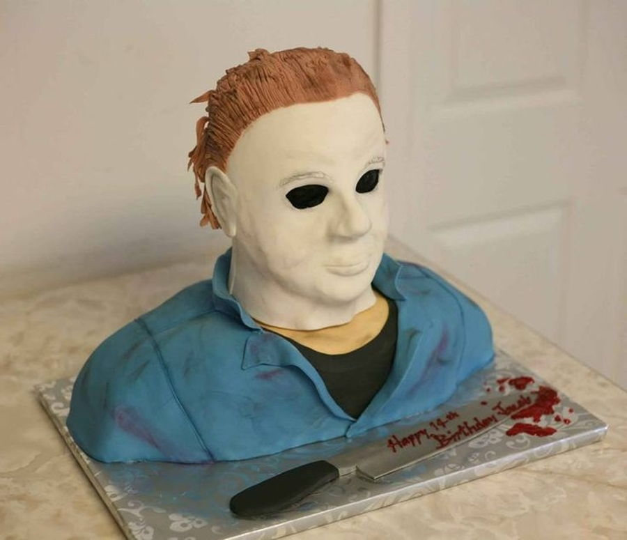 900_charge-for-michael-myers_91760856c689b01be81.jpg