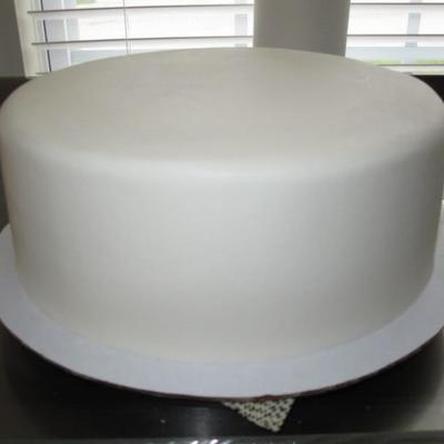 How To Get Perfectly Smooth Buttercream Icing on Cake Central