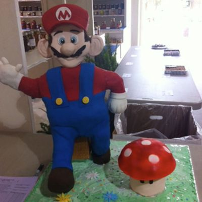 How to make a Super Mario cake or any other standing figure on Cake Central