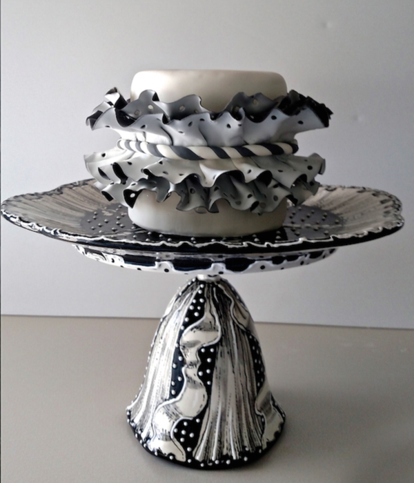 Colette Peter's Polka Dotted Ruffle Cake