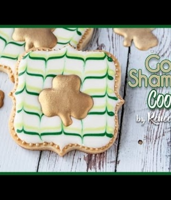 Gold Shamrock Cookie Tutorial