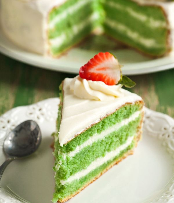 Green Velvet Cake and Cream Cheese Frosting