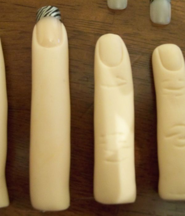 How to make Fingers fondant