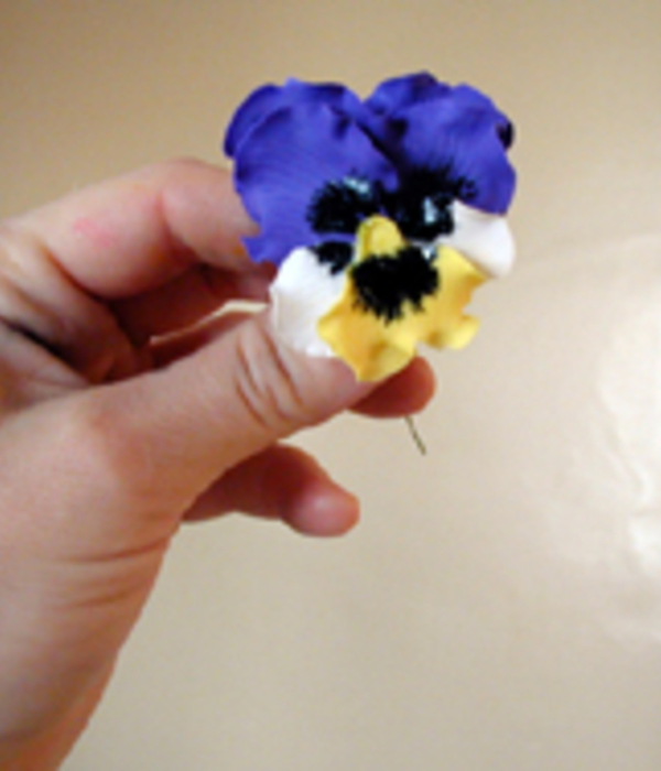 Step-By-Step Gumpaste Pansies