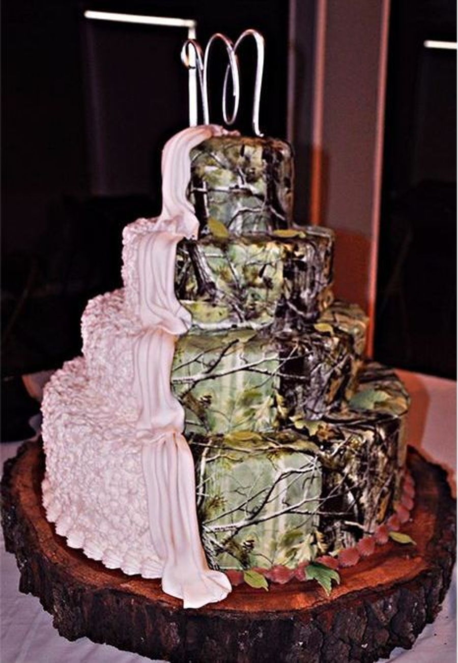 Tier Sizes For Camo Wedding Cake CakeCentralcom - His And Hers Wedding Cake