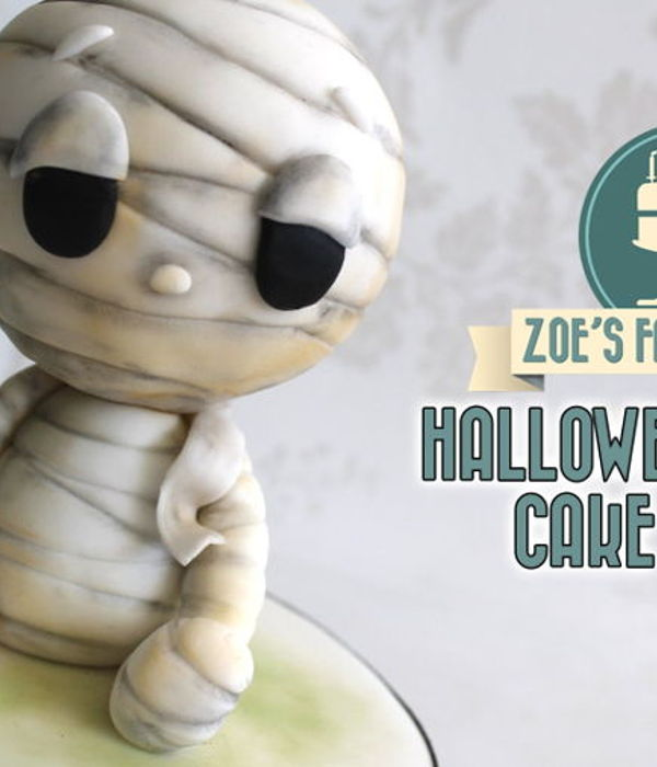 Halloween mummy cake topper