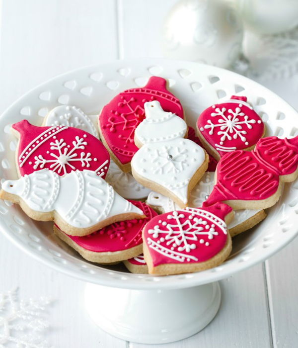 Antonia74 Royal Icing